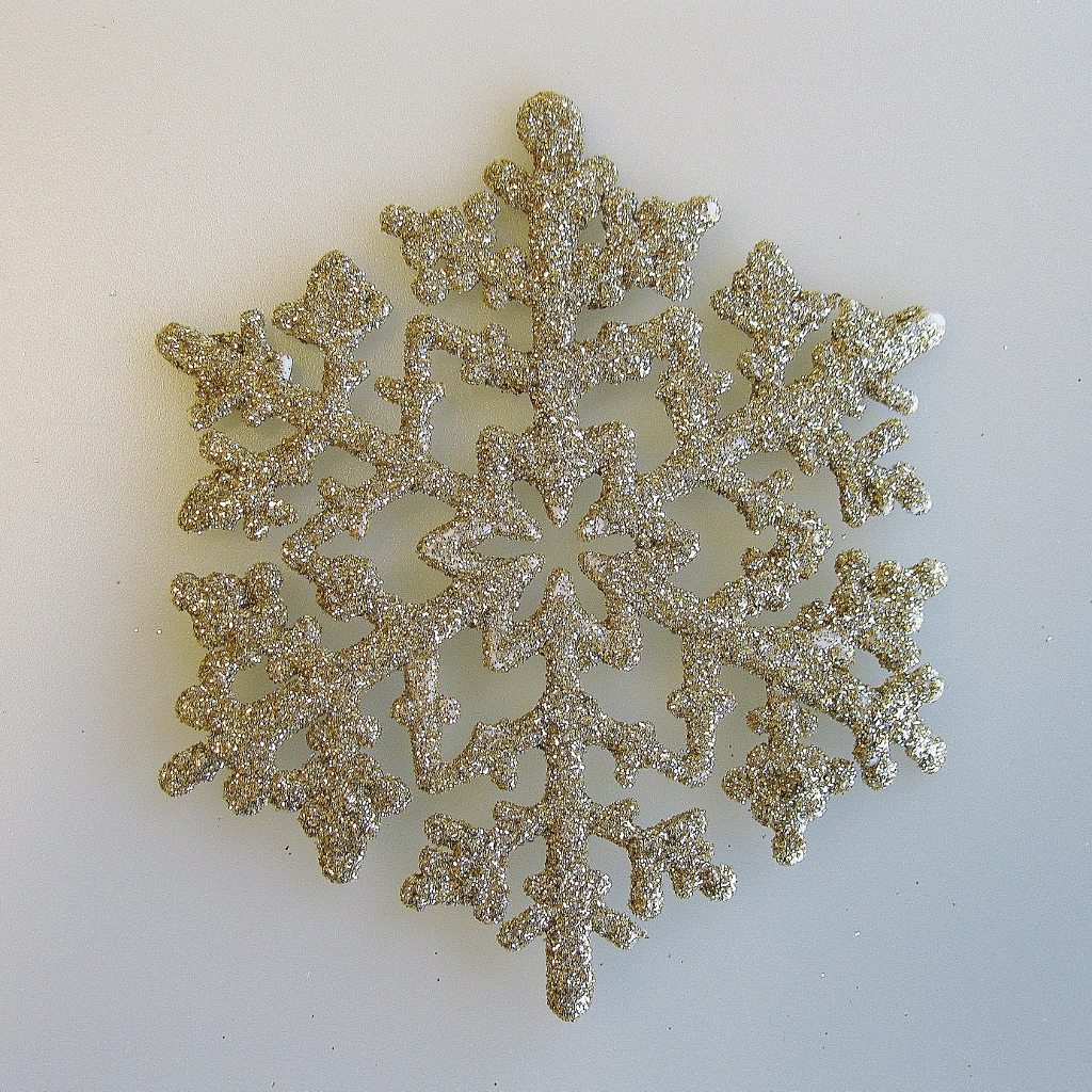 gold snowflake ornaments at hooked on hallmark ornaments