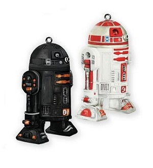 2011 NYCC Star Wars R2-Q5 and R2-A3 - DB