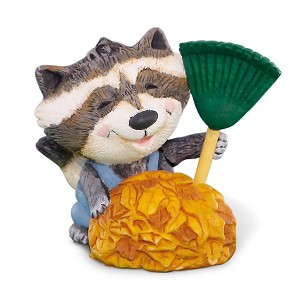 2015 Raccoon Raking Leaves MERRY MINIATURE