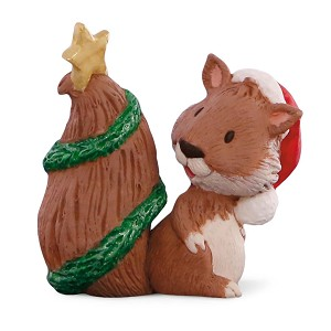 2015 Squirrel with decorated TAIL -  MERRY MINIATURE