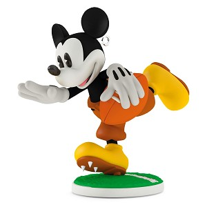 2016 Mickey's Movie Mousterpieces #5 - Touchdown Mickey