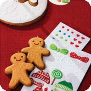 2007 Gingerbread Ornament Set