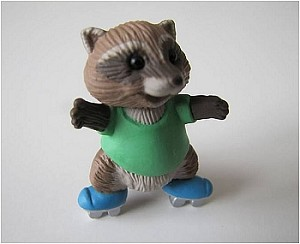 1991 Skating Raccoon - Merry Miniature
