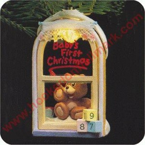 1987 Babys First Christmas, Lighted - DB
