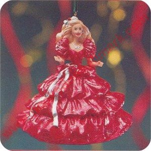 1996 Happy Holidays Barbie #1, Club