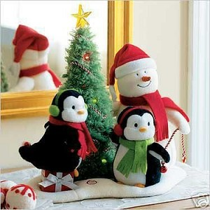 2006 Very Merry Trio - Plush Tabletopper - no tag
