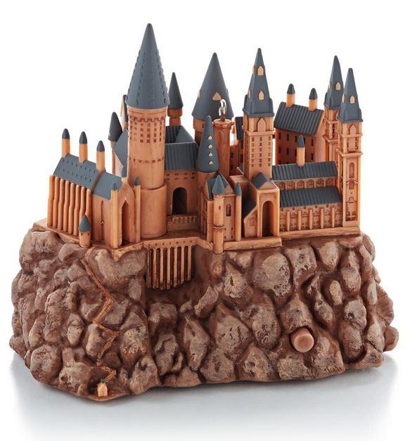 2013 Hogwarts Castle Harry Potter Hallmark Christmas