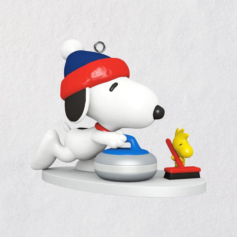 Snoopy Christmas Tree Topper: 2018 Winter Fun With Snoopy Curling MINIATURE Ornament