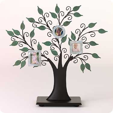 Hallmark Family Tree Collection At Hooked On Hallmark Ornaments