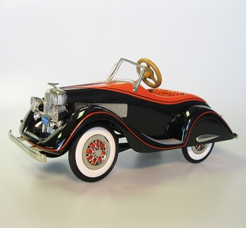 1935 Duesenberg - Lighted , No Sound