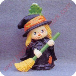 1982 Witch - Merry Miniature