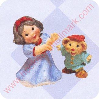 1997 Snow White and Dancing Dwarf - Merry Miniature
