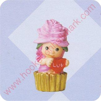 2000 Merry Miniature - Rosie Chapeauzie  NO BOX