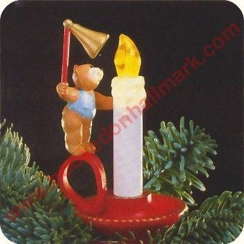 1988 Bearly Reaching - Lighted