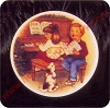1992 Collectors Plate #6 - Sweet Holiday Harmony