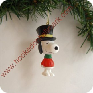 1995 Charlie Brown Christmas, Snoopy