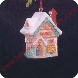 1989 Old English Village #2 - Sweet Shop - MINIATURE