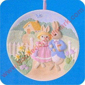 HALLMARK SPRING EASTER ORNAMENT ~ EASTER COLLECTORS PLATE ~ 1997