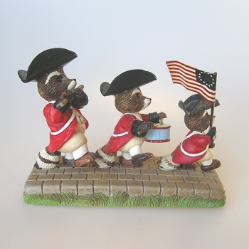 Raccoons with Flag - Tender Touches Figurine - MIB