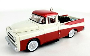 "<font face=""arial"" size=""2""><b>1999 All American Truck #5 - 1957 Dodge Sweptside D100</b><br>1999 Hallmark Keepsake Series Ornament <br><i> (Scroll down for additional details) </i> </font>"
