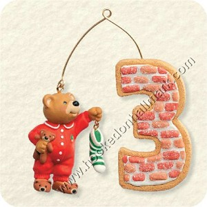 "<font face=""arial"" size=""2""><b>2008 My Third Christmas - Child's Age Collection </b><br>2008 Hallmark Keepsake Ornament <br><i> (Scroll down for additional details) </i> </font>"