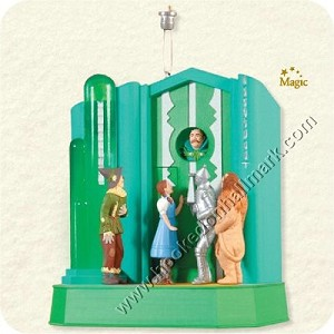 "<font face=""arial"" size=""2""><b>2008 Who Rang That Bell? Wizard of Oz</b><br>2008 Hallmark Keepsake Magic Ornament <br><i> (Scroll down for additional details) </i> </font>"