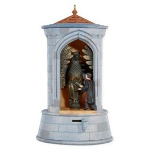 "<font face=""arial"" size=""2""><b>2008 Gargoyle Guard, Harry Potter</b><br>2008 Hallmark Keepsake Magic Ornament <br><i> (Scroll down for additional details) </i> </font>"