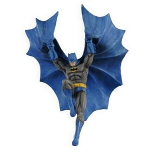 "<font face=""arial"" size=""2""><b>2009 Descending Upon Gotham, Batman</b><br>2009 Hallmark Keepsake Ornament <br><i> (Scroll down for additional details) </i> </font>"