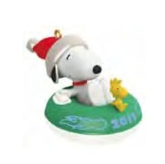 2011 Winter Fun With Snoopy COLORWAY MINIATURE