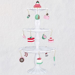 2019 Bake Up Some Yum Miniature Tree Set - Ships OCT 5