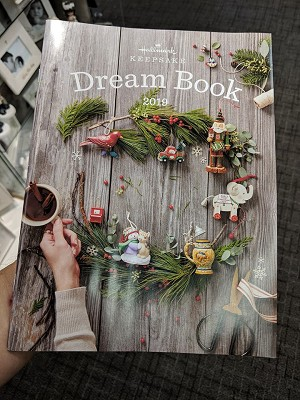 2019 Hallmark Dreambook  - AVAIL NOW - large 8x10 w/ 93 pages