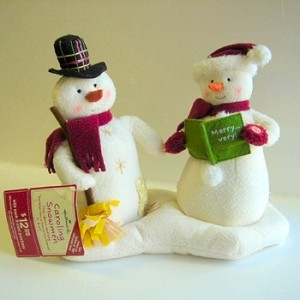 2003 Caroling Snowmen 1 Plush Musical Tabletopper No Tags