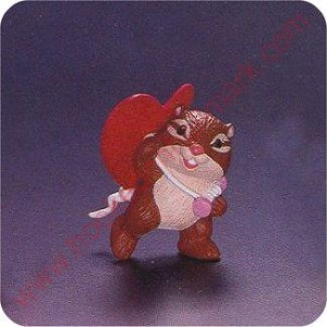 1994 Chipmunk with Heart Kite - Merry Miniature