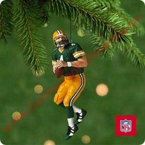"<font face=""arial"" size=""2""><b>2001 Football Legends #7 <br>Brett Favre, Green Bay Packers</b><br>2001 Hallmark Keepsake Series Ornament <br><i> (Scroll down for additional details) </i> </font>"