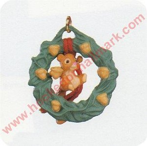 1990 Acorn Wreath - MINIATURE