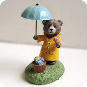 Bear with Umbrella - Mini Memories Figurine - Rare