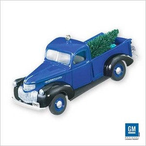2007 Hallmark Keepsake Ornament <br>All American Truck #13 <br>1947 Chevrolet Pickup