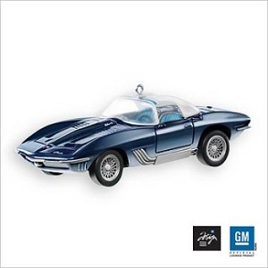 2007 Hallmark Keepsake Ornament  1961 Chevrolet Corvette